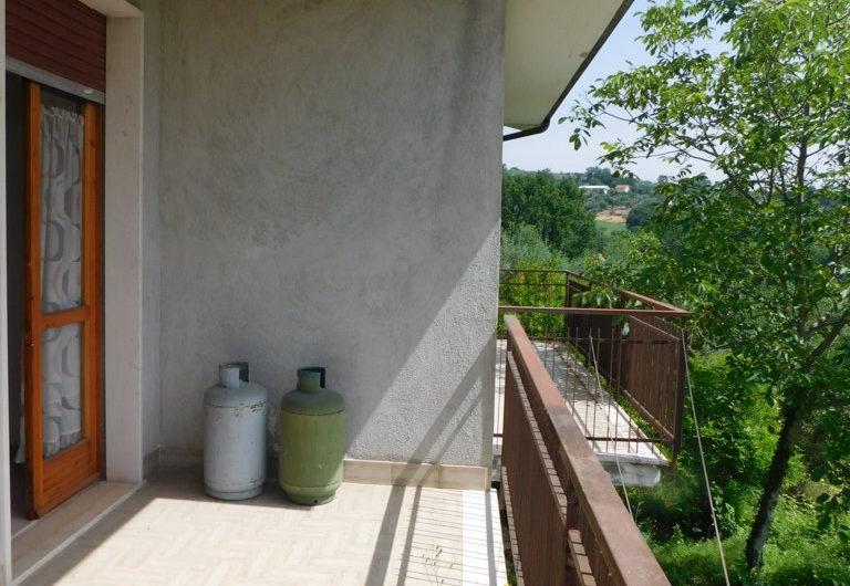 Casa indipendente con 14.000 mq. di terreno